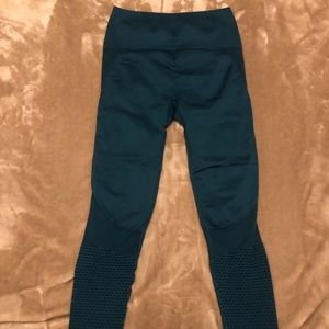 Fabletics High Waisted seamless legging Teal XS
